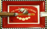 Как держать сигару в руке